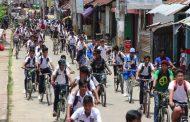 খাগড়াছড়ি :  শিক্ষার্থীদের পুনর্মিলনী,দশ কিলোমিটার সাইকেল শোভাযাত্রা