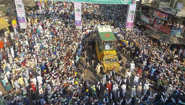 চট্টগ্রাম : লাখো মানুষের অংশগ্রহণে অনুষ্ঠিত হয়েছে ৪৭তম জশনে জুলুস