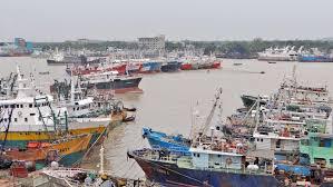চলছে মাইকিং :: ঘূর্ণিঝড় আম্পান মোকাবেলায় চট্টগ্রামে চলছে প্রস্তুতি