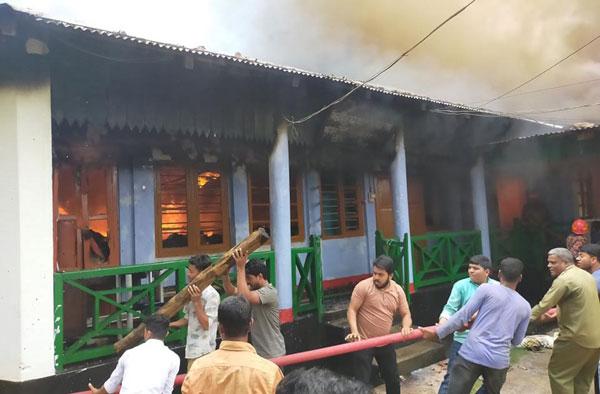 রাঙ্গামাটি : বন বিভাগের ৪ টি অফিস আগুনে পুড়ে ছাই